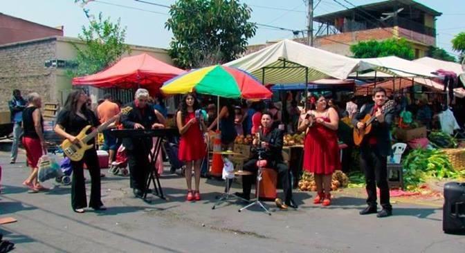 Cueca Chilena en la Feria de la Victoria